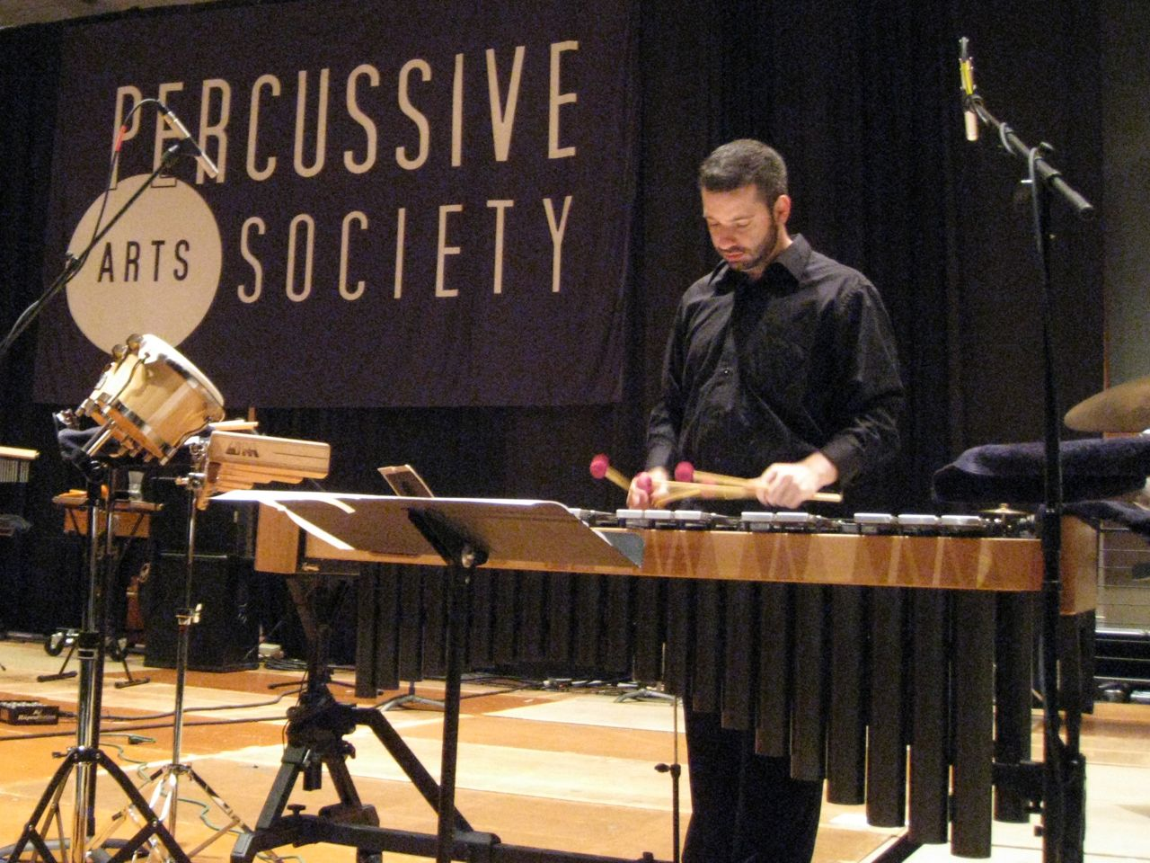 <i>ground loops</i> at PASIC '09